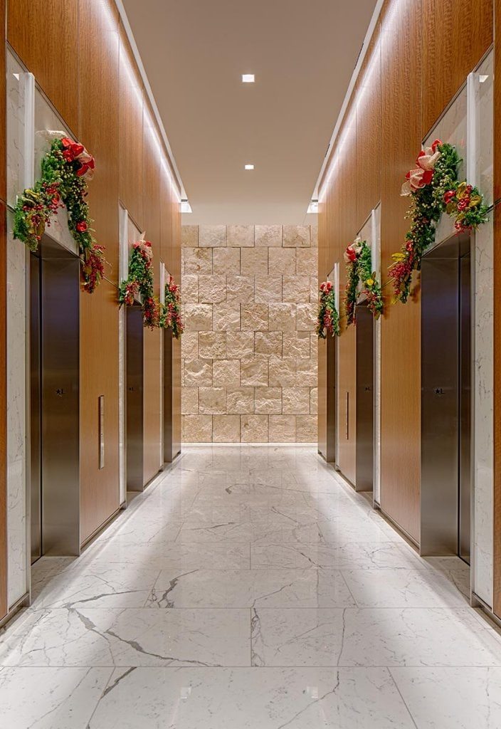 Private Office Building Lobby Natura Enhancing The