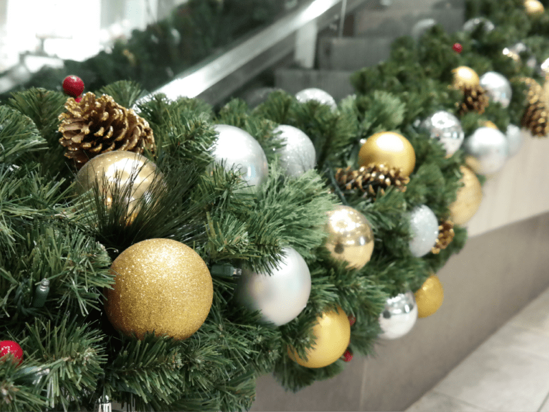 Gold & Silver Christmas Garland